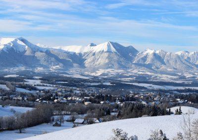 Mens sous la neige vue de Charvet